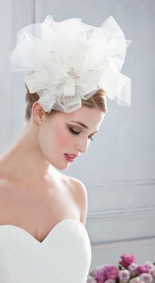 Kopfbedeckung Brautmode